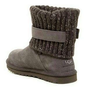 UGG Shoes - Ugg Australia Cambridge Knit Boots Size 5 - New
