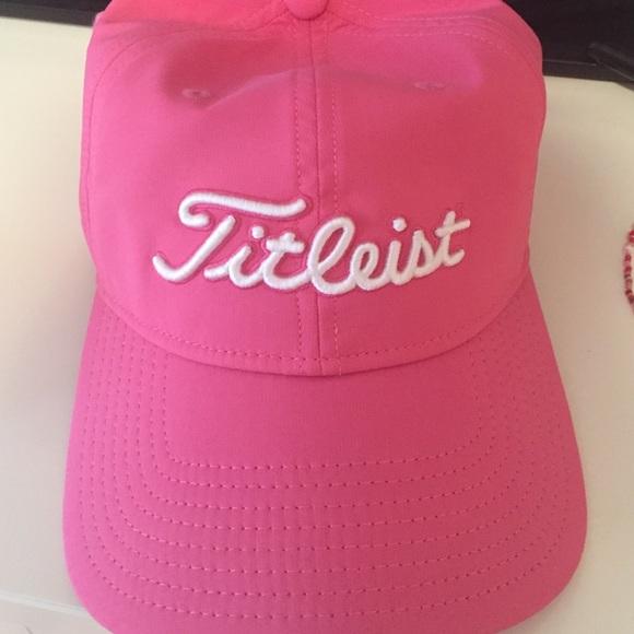 Pink Pro V1 Titleist Hat. M 56e5bf9e7f0a055dc504085e c3fee22621d