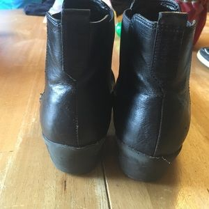 jcpenney Shoes - Jcpenny black Harry Styles ankle boots