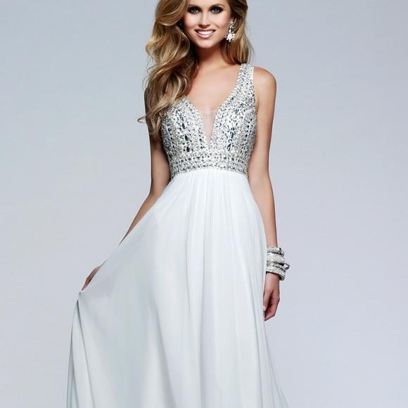 Dresses   Faviana White Prom Dress   Poshmark