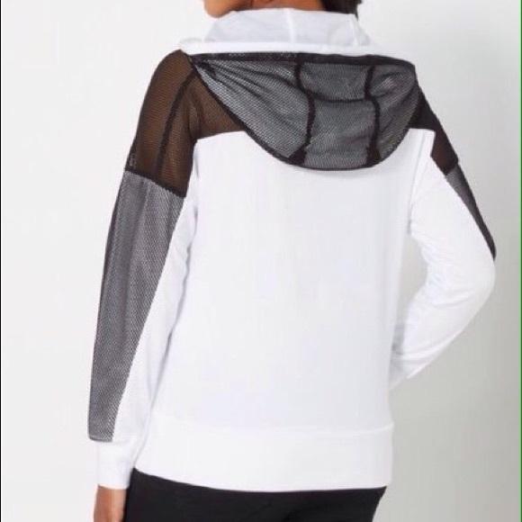 Rue 21 Sweaters - 🆕White Hoodie Sweatshirt Fishnet Mesh Sleeves Med