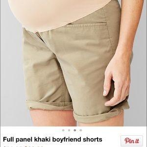 NWT GAP Maternity khaki boyfriend shorts