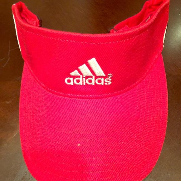 Adidas Accessories - BRAND NEW ADIDAS SUN VISOR 89bf70b870e