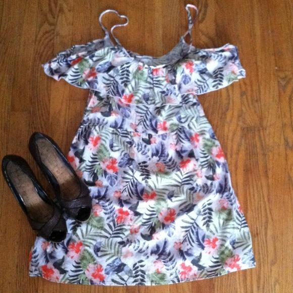 Hollister Hawaiian Off The Shoulder Dress