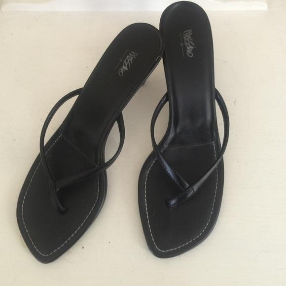 349b86aed65 mossimo black flip flop heels. M 56e5d73ef739bcf04500c6f1