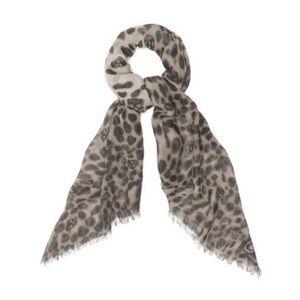 Alexander McQueen Accessories - Alexander McQueen Leopard Skull Pashmina