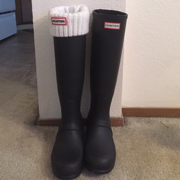 Adjustable calf, black matte Hunter Boots w/ socks