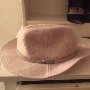 BCBG hat never worn
