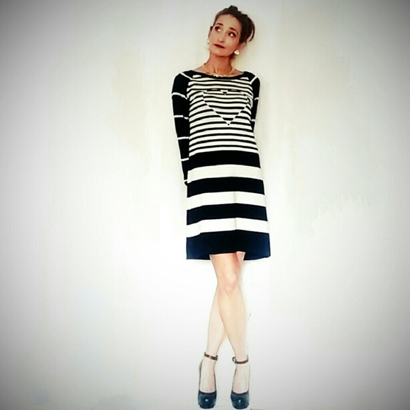 34c1055060b Love Moschino Black and White Heart Sweater Dress.  M 56e633b82de51285b9052656