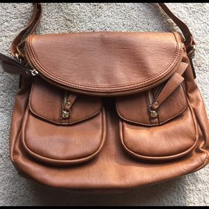 FALL FAVORITE 🍂 Satchel