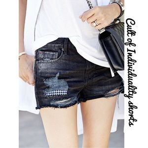 Cult of Individuality Pants - ✨Cult of Individuality distressed shorts✨
