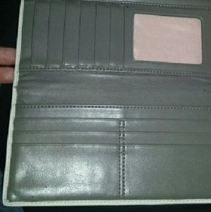 acec2ada45508 EASTER SALE! Cream Leather wallet used cond