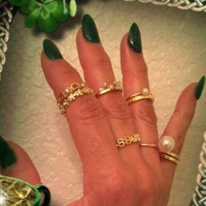 April Spirit Jewelry - 8 Ring Bling Assortment by Iconic Legend NEW💕
