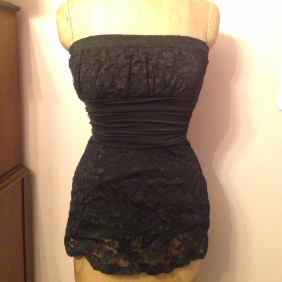 329ef88c07 Black Lace Strapless top from WHBM. M 56e6f7002ba50a717f06161d