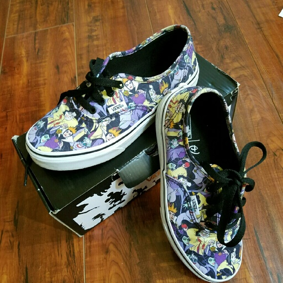 b6331289ee2696 Limited Edition Disney X Vans Villains Shoes. M 56e702f64225be7852006d05