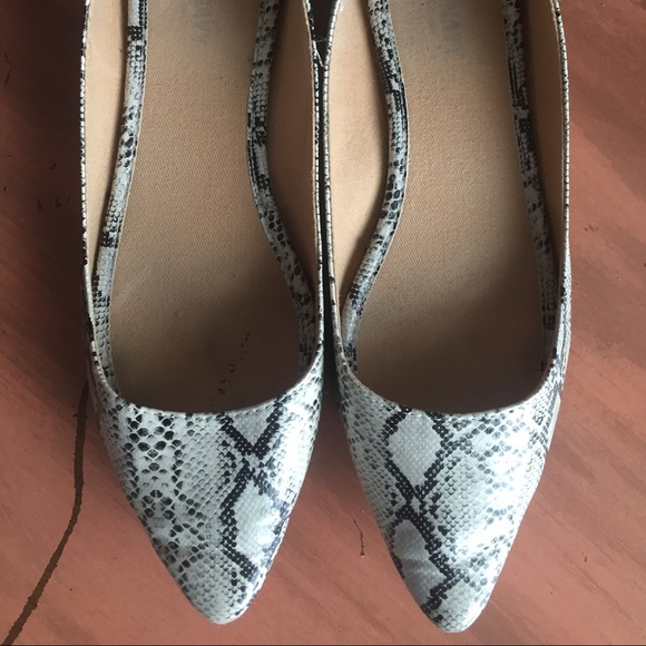 Old Navy Shoes - Snake Print Flats