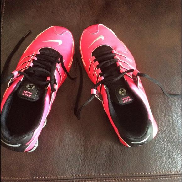 Nike Shox NZ Hyper pink metallic silver. M 56e7052b4127d0f2ed00717c 6923393ef