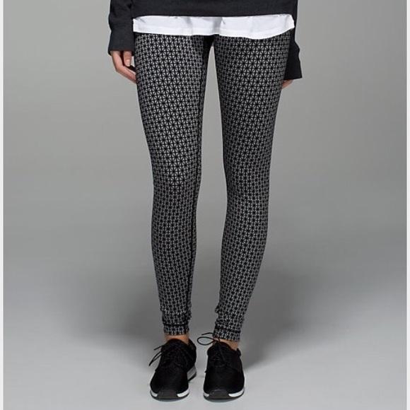 8cd274bc3bd5d lululemon athletica Pants - Lululemon Wunder Under Black and Grey Pattern!