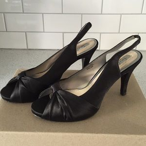 Black Sam & Libby Heels