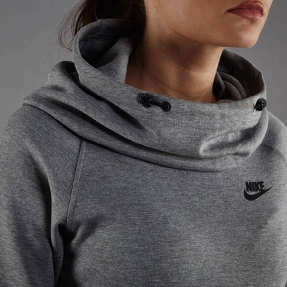 Nike Grey Tech Fleece Funnel Neck Hoodie NWT