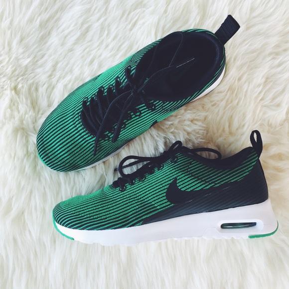 8e63efe3 Nike Air Max Thea Green + Black Jacquard Sneakers.  M_56e7351bbf6df5304b0676e6