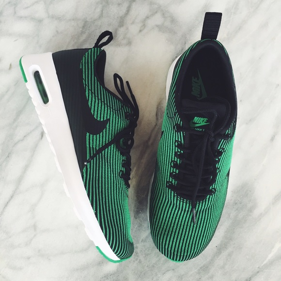 buy online 018b8 f58b7 Nike Air Max Thea Green + Black Jacquard Sneakers