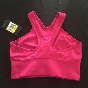 9860b710bb5e7 Nike Intimates   Sleepwear - NEW Nike Dri Fit Knit Training Bralette