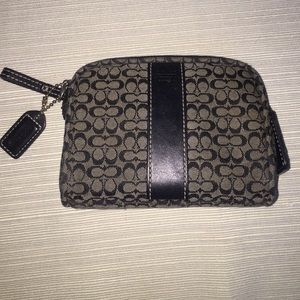 Coach Handbags - Coach Change Purse