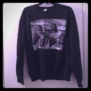 Sweaters - Super Comfy Snoop Dogg + Tupac Pullover