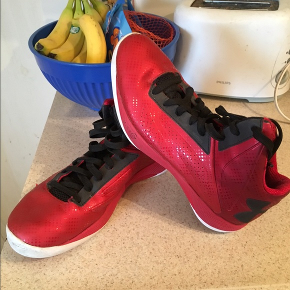 under armour basketball shoes for girls. under armour girls basketball shoes for a