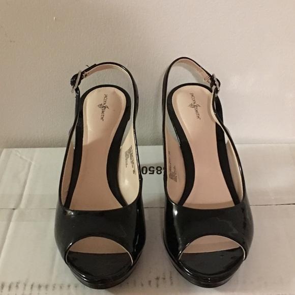 9274f577bb Jaclyn Smith Shoes - Cute Jaclyn Smith Women Slingback Pumps!