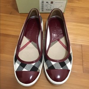 Authentic Burberry Flats 6