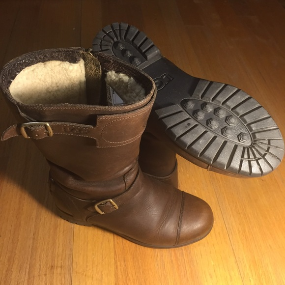 Authentic UGG Gershwin waterproof leather boots