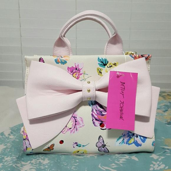 34% off Betsey Johnson Handbags - NWT Betsey Johnson pink bow ...
