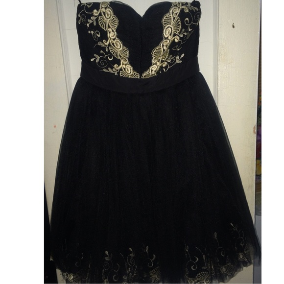 Black floral embroidered prom dress