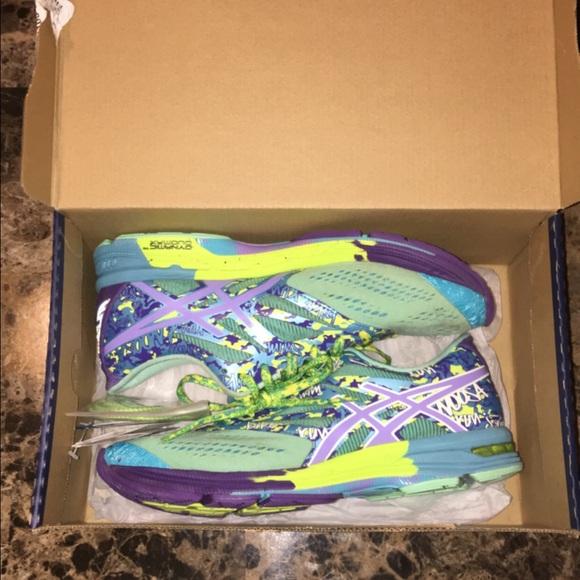 Gel noosa tri 10ASICS running shoe