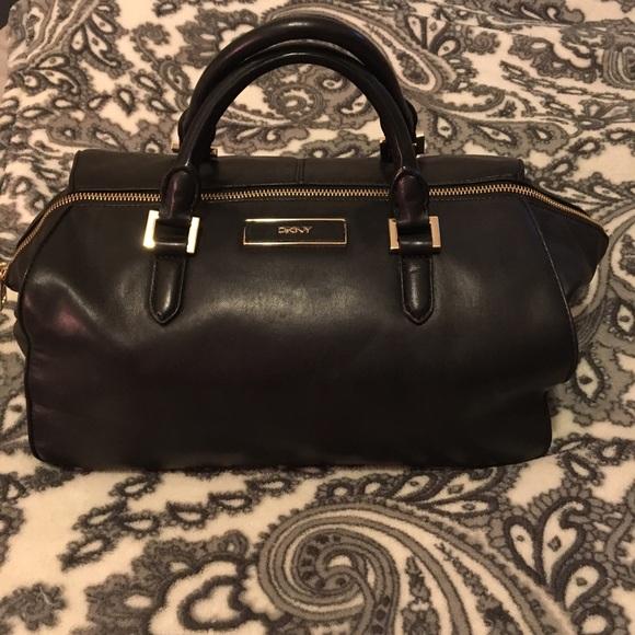 f7c0fdf5a88c DKNY Handbags - DKNY Black Leather Doctor Bag⚫ 🌡