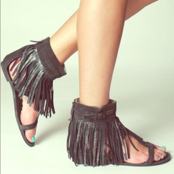 d94de70cf6e Koolaburra Venus II leather fringe sandal