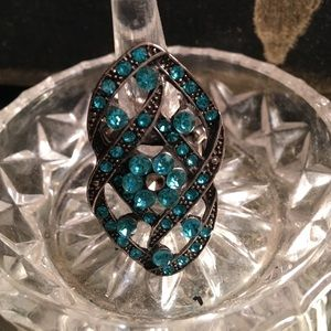 Sale! Statement ring. 1 hr clearance!