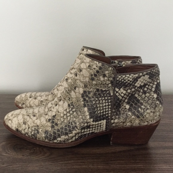 4051bb8277501 Sam Edelman Snakeskin Petty Boots. M 56e86305713fdeb3af01c91e
