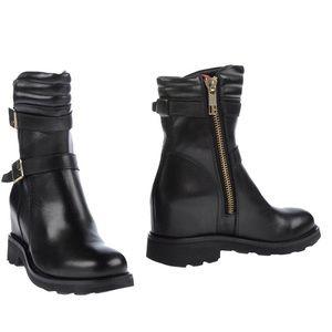 Bikkembergs Shoes - Dirk Bikkembergs 8 womens - runs large - leather