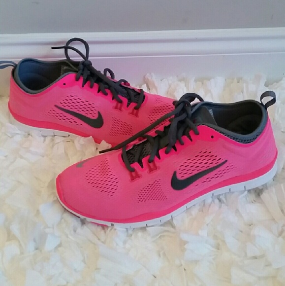 *final price* Womens Nike Free 5.0 TR Fit 4