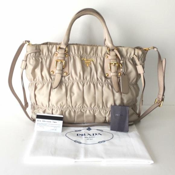 Prada Gaufre Beige Bag NMphephOYa