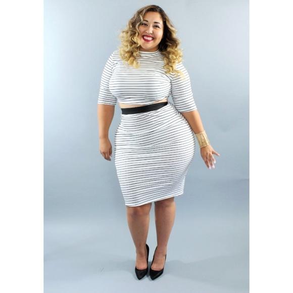 8c969e9535 Plus size high waist skirt crop two piece