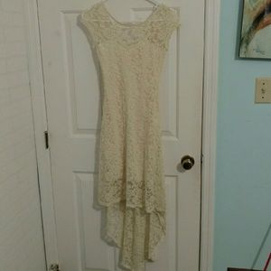 Dresses & Skirts - Beautiful ivory lace summer dress small