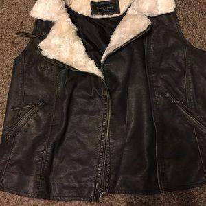 Brown Moto vest with fur sz L