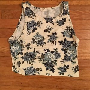 Forever 21 Cropped floral tank top