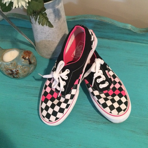 2851f891fa7 Vans Era Lace Up Multi Checker Pink White Black. M 56e8ed83bcd4a738dc02f6a6