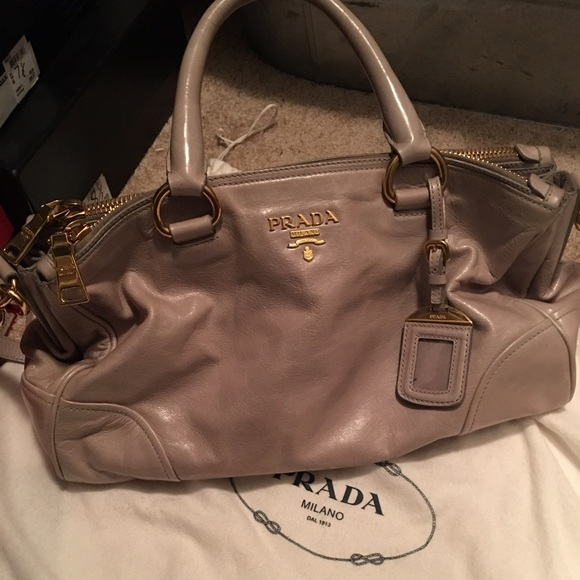 279dfdb996 BUNDLED Prada Vitello shine. M 56e8f596a88e7d2a9203040f. Other Bags ...
