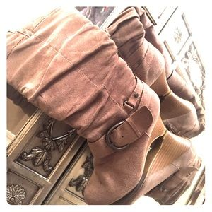 Shoes - BOOTS!!